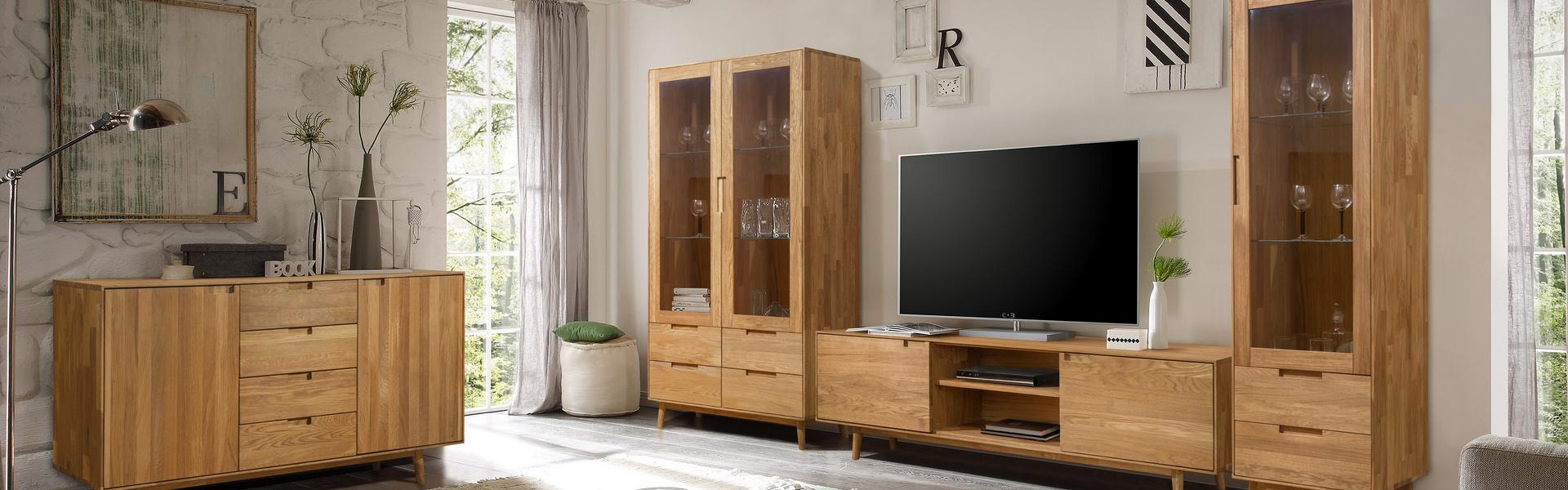 Мебель из массива дуба в гостиную